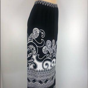 NWOT Susan Graver Maxi Skirt, Black/White, Sm